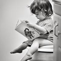 Можно ли высаживать ребёнка  над раковиной