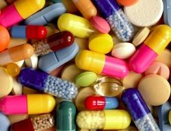 Стоит ли вообще пользоваться лекарствами в период кормления грудью