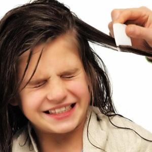 Если ребенок с длинными волосами