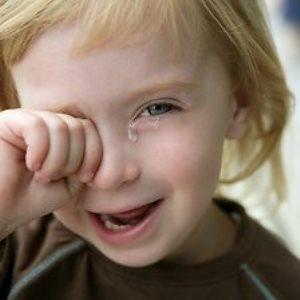 Как лечить глаза у ребенка