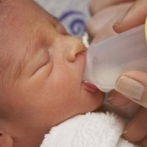 Как разводить Лактобактерин для новорожденных