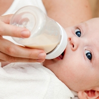 запор у новорожденных при искуственном вскармливании