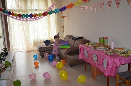 Украсить комнату на день рождения ребенка 5 лет своими руками 4