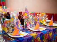 Креативные идеи, как украсить комнату и стол на день рождения Вашего ребенка. Шары, цветы, сладости