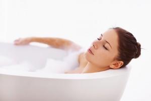 Можно ли беременным лежать в ванной? Есть ли противопоказания?