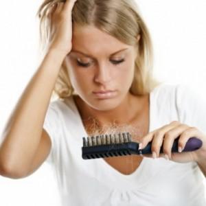 Что делать, если после родов сильно выпадают волосы