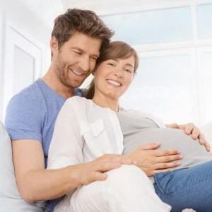 Как правильно себя вести во время родов